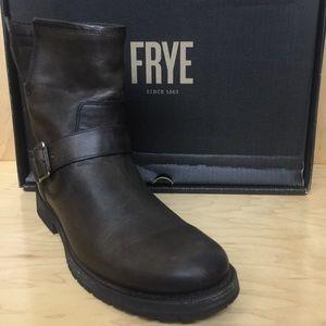 Frye Natalie Engineer Short Boot US 9.5 Smoke
